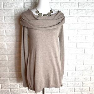 Ruby Moon cowl neck high low sweater size M